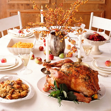 thanksgiving_table_white