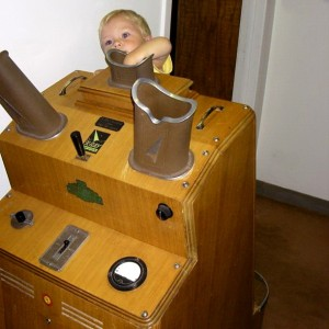 Antique X-Ray machine used to determine shoe size